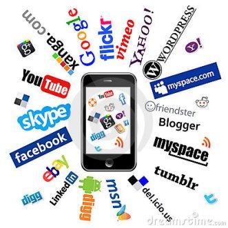 ipad-social-network-logos-21820462
